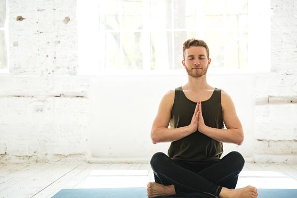 Techniques de relaxation par l'exercice mentale