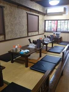 麺や久二郎国分店のお座敷の写真