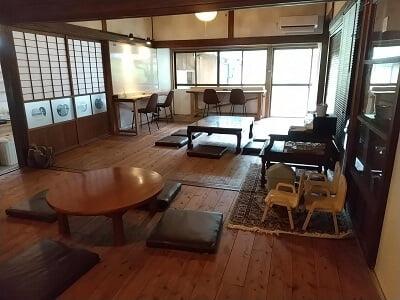 横川Kitoのイートインスペースの写真