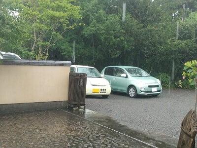 まりん'sガーデンの駐車場の停め方の写真