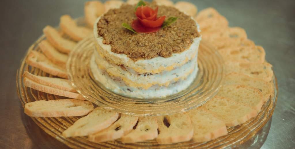 Smoked Milkfish & Bihod Pie with Croutons