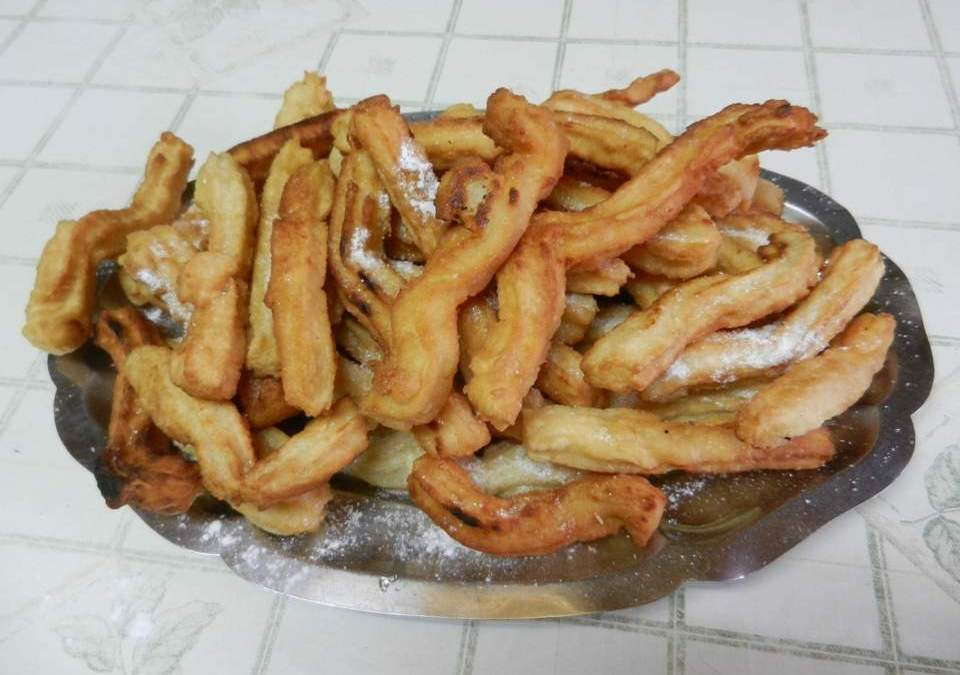 Fried Churros Recipe with Flat Tops Dip