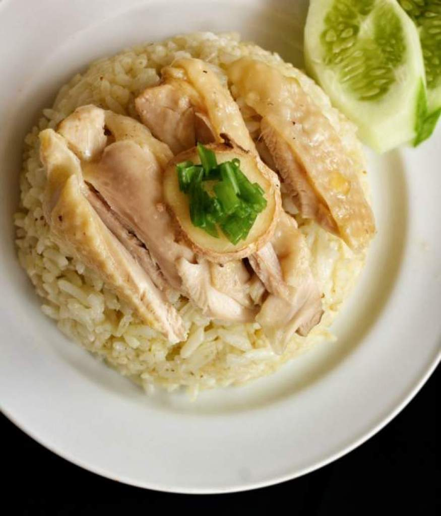 Quick and Easy Chicken Meal - Rice Cooker Hainanese Chicken Rice