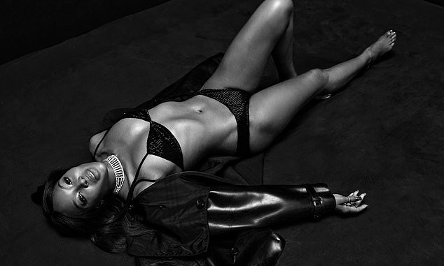 Naomi Campbell, Naomi Campbell, 50, shows off Stunning physique in black lingerie [Pictures], Relay Vibes