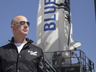 Jeff Bezos to fly with his brother to space