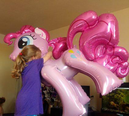 Eva sized Pinkie pie balloon