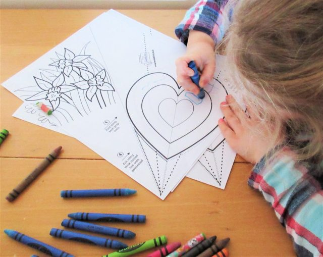 Colouring Flower Craft