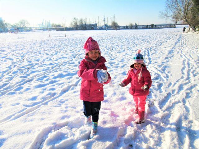 Snow ball!