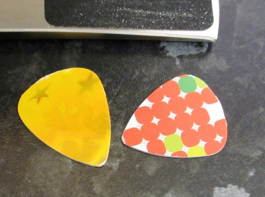 Homemade plectrums