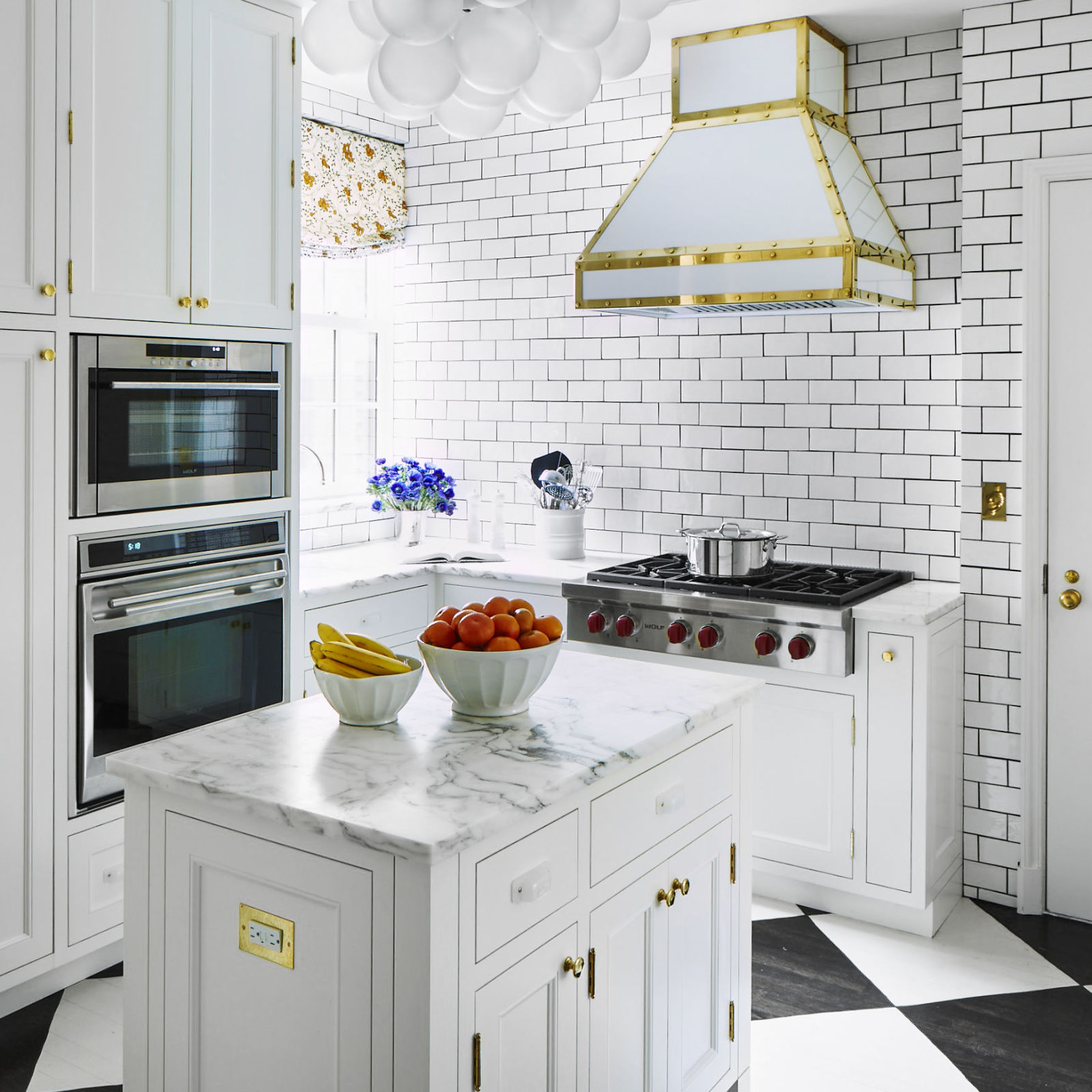 Dream Big: Stylish Designs for Small Kitchens - Reliable ... on Tiny Kitchen Remodel Ideas  id=71454