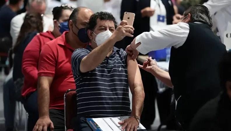 Resort Spots, U.S. Sending 1 Million Coronavirus Vaccines To Mexico Border Cities