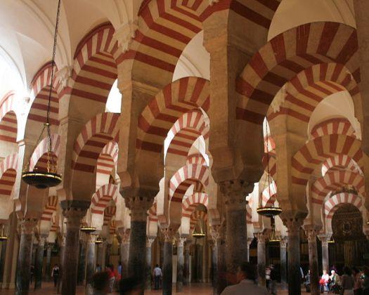 Cordoba-katedralen. Innsiden. Foto. John Martin Perry. Wikimedia Commons.