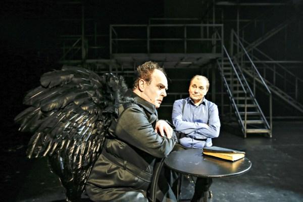 Lucifer og Gud