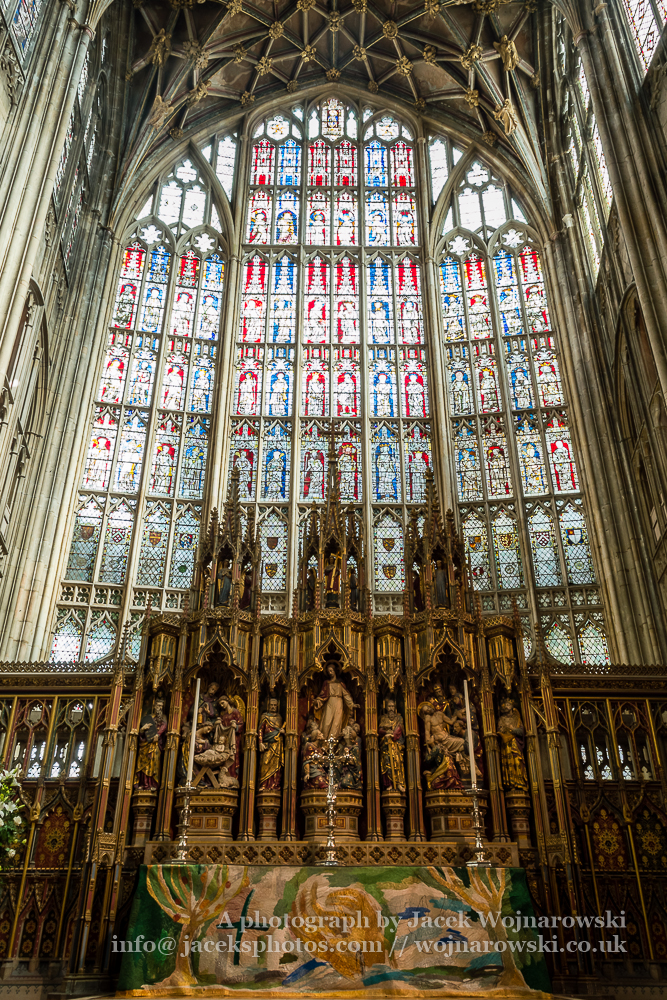 Gloucester Cathedral inside - Altar and stained glass