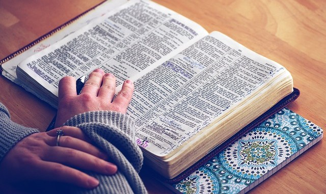 Ministry of Education publish guidelines for religious instruction in NZ secular primary schools