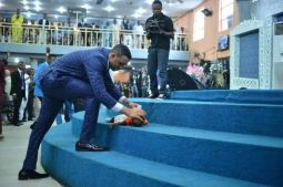 ARE MODERN MIRACLES SAME AS BIBLICAL MIRACLES?...WHY DO NIGERIAN BELIEVE ALL THE RUBBISH THEY SEE?