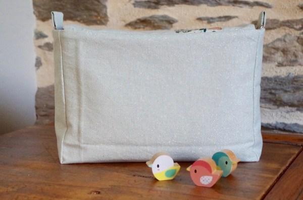 Dos du sac à langer