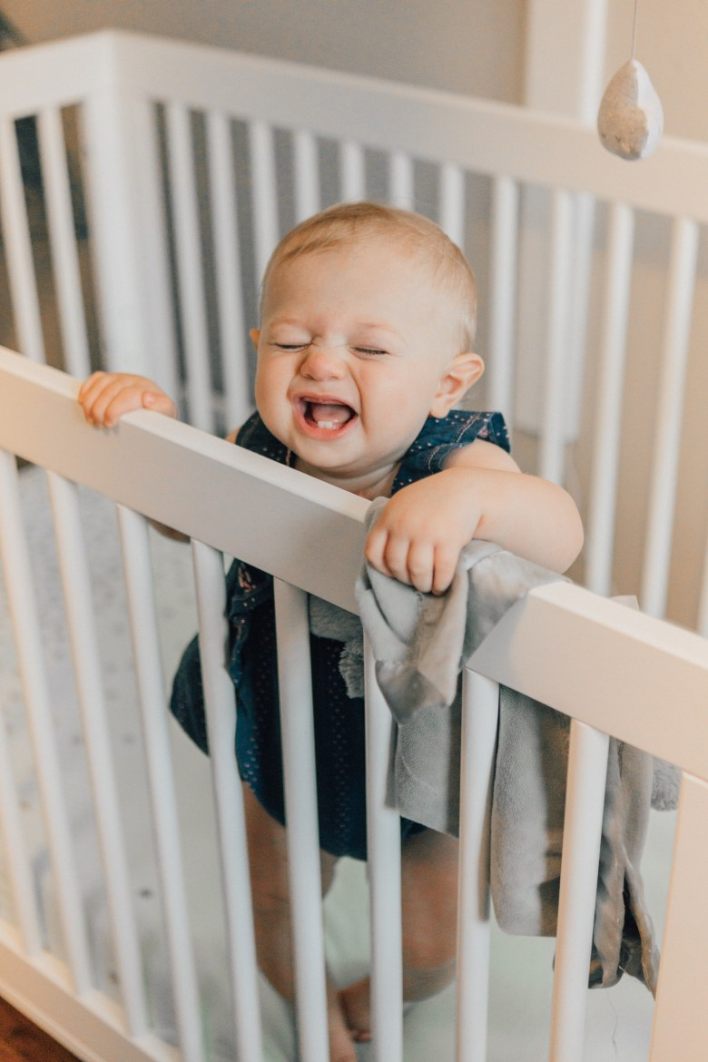 Blogger RELish By Arielle shares where to buy the best organic crib sheets for baby