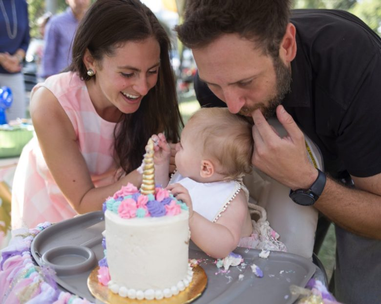 Los Angeles blogger, RELish By Arielle''s baby celebrates her first birthday with a unicorn theme
