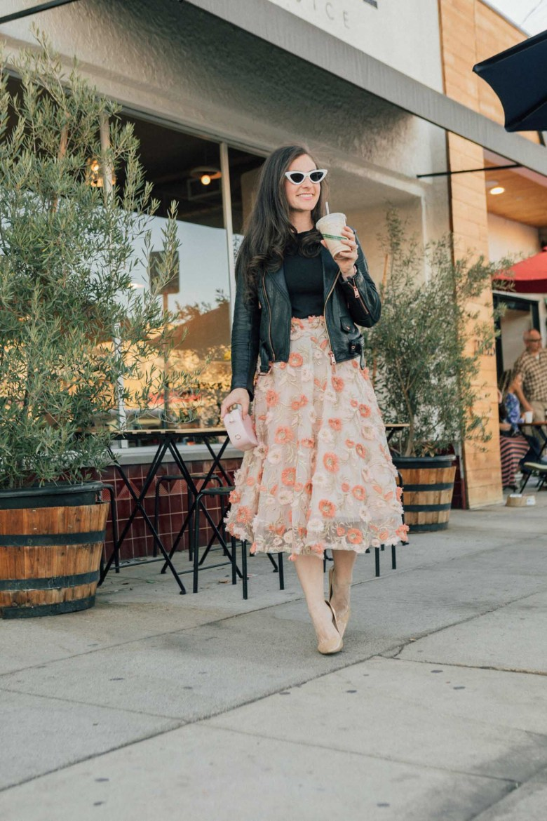 Los Angeles mom blogger, RELish By Arielle wears a 3D floral Chicwish skirt