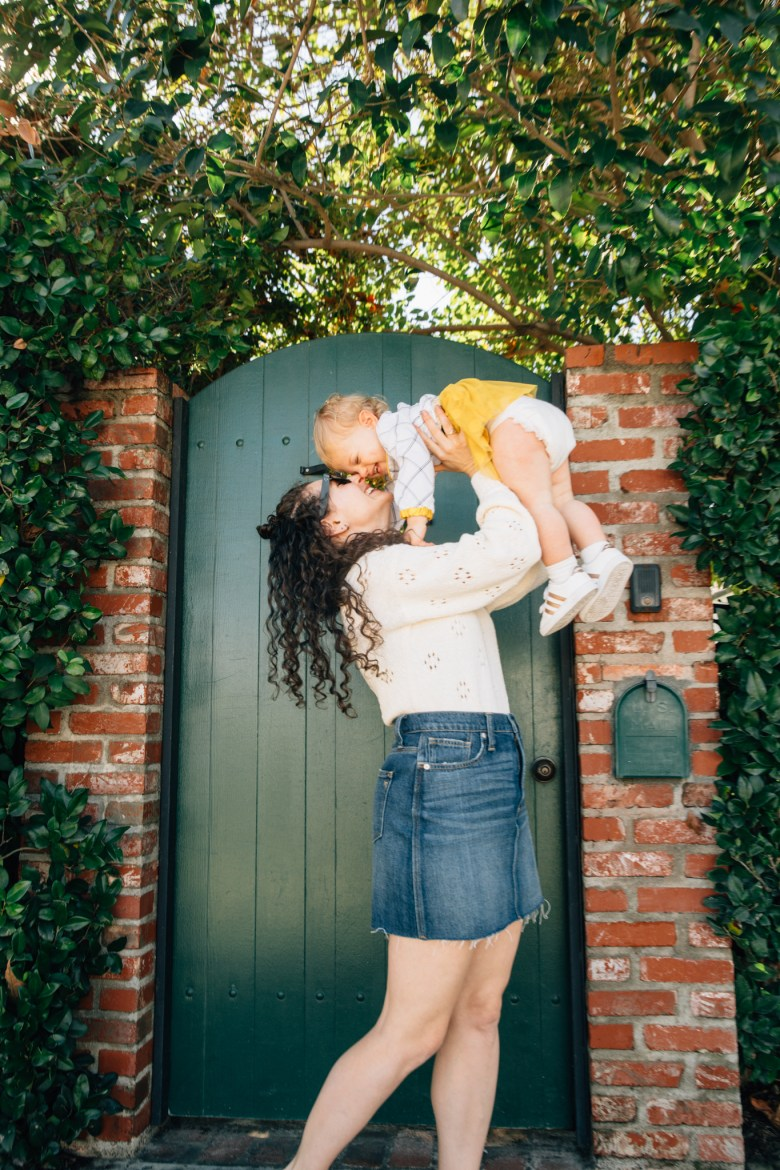 Los Angeles mom blogger, RELish By Arielle styles an outfit by PatPat for her daughter