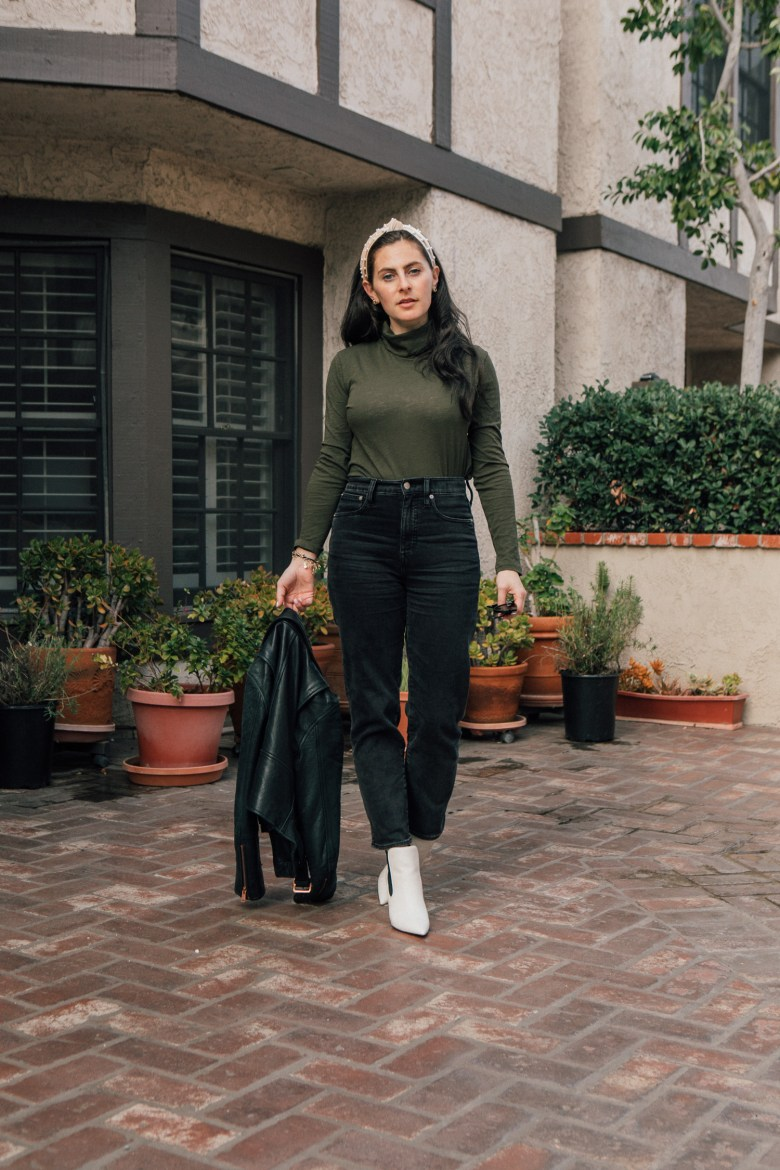Los Angeles mom and style blogger, RELish By Arielle, wears white booties by marc fisher and madewell jeans