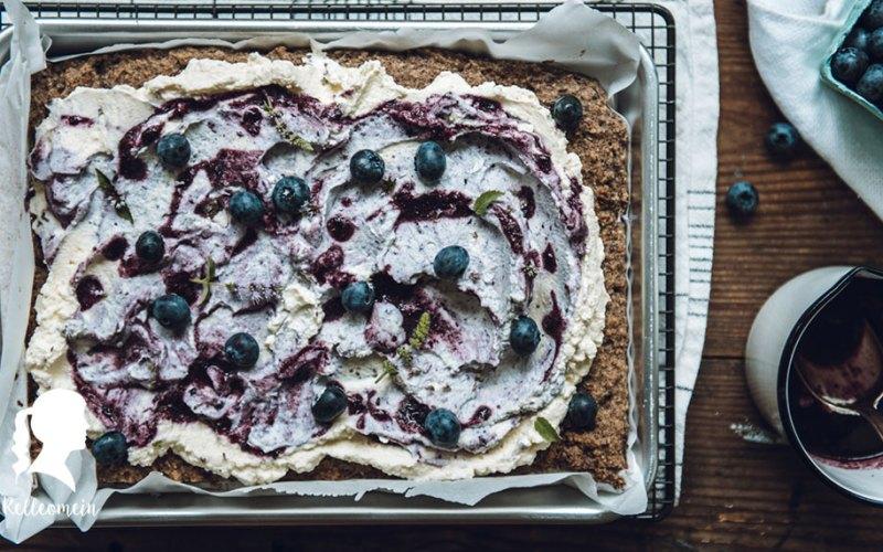 Haselnusskuchen mit Blaubeersahne (glutenfrei)