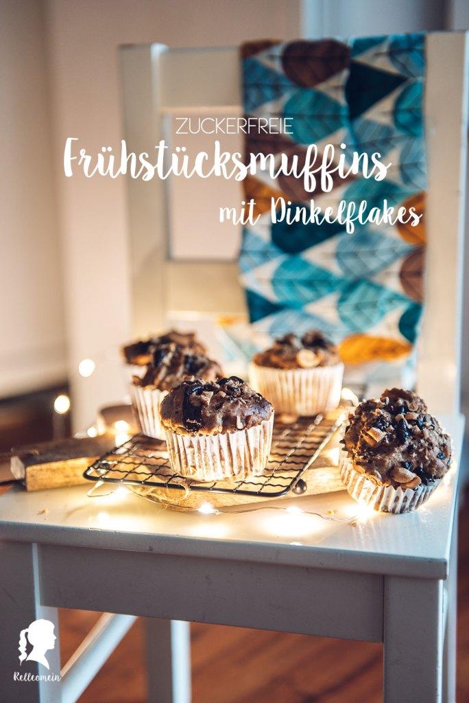 Frühstücksmuffins mit Dinkelflakes, Banane und Schokolade | relleomein.de #zuckerfrei #foodblogger #backen #gesunderezepte