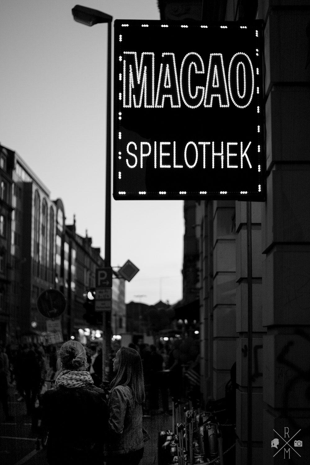 MainMittwoch: Feiern im Frankfurter Bahnhofsviertel | relleomein.de #mainmittwoch #frankfurt #bahnhofsviertel #bhvn8