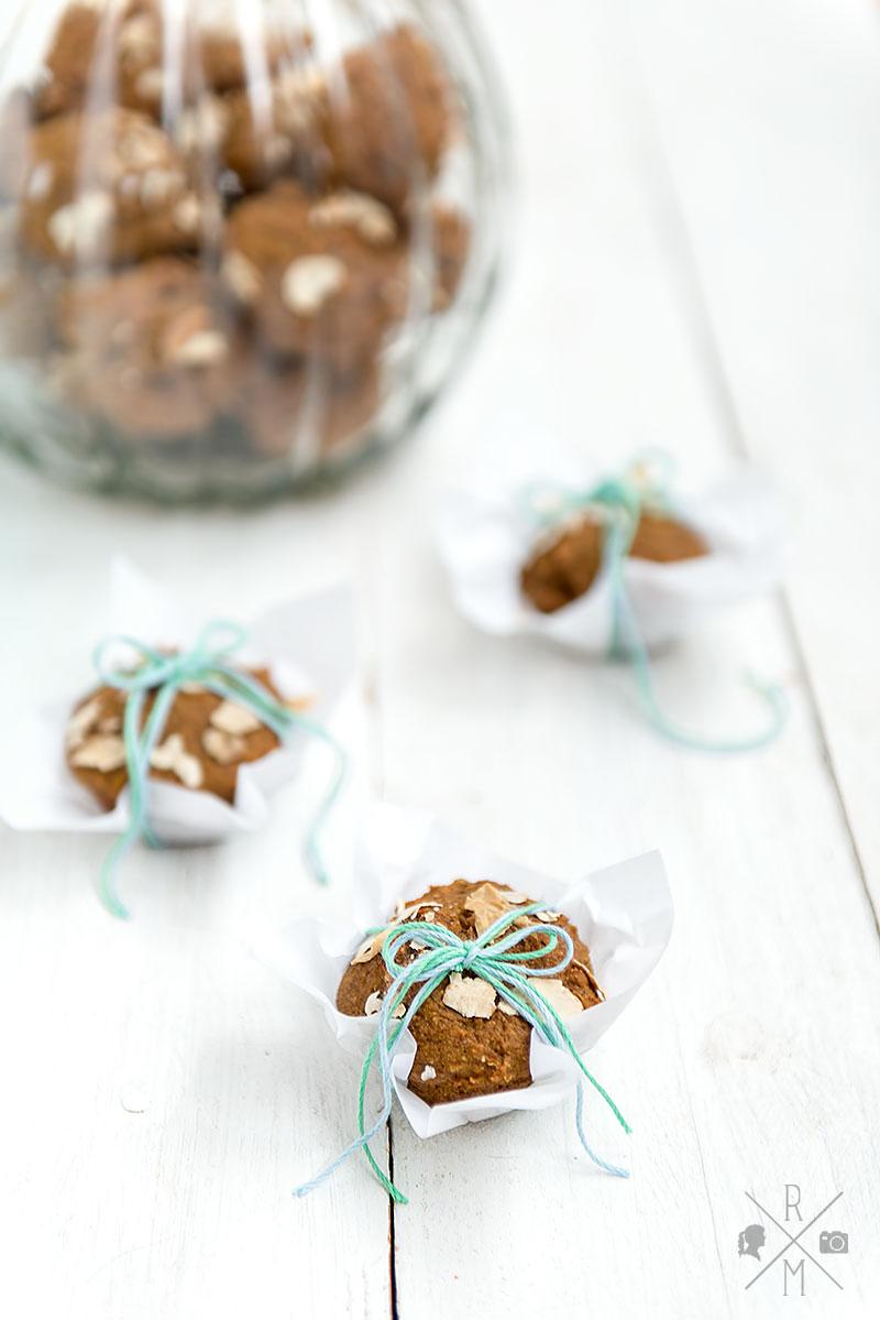 Kürbis-Kastinien-Muffins auch perfekt zum Frühstück | relleomein.de #muffin #breakfastmuffin #frühstücksmuffin #kürbis #kastanie