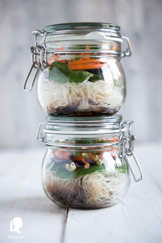 Instant Nudelsuppe selber machen - instant noodlesoup | relleomein.de