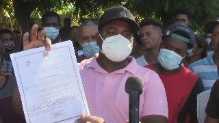 Photo of En Montecristi Pescadores de Anguilas se oponen a nueva licencia dada a funcionario.