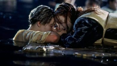 "Photo of Pareja de novios se ahoga mientras intentaba recrear la famosa escena de ""Titanic"""
