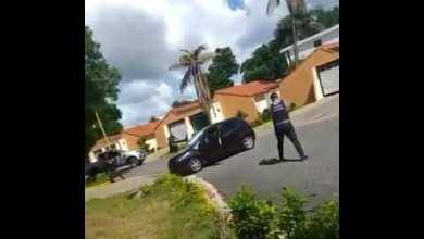 Photo of Video del momento en el que ultiman a acusado de cuádruple asesinato en SDE
