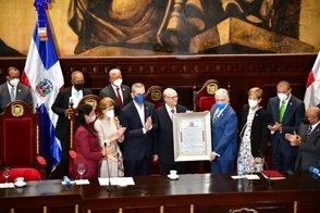 Photo of Hipólito dice el PRM está más unido que nunca en reconocimiento del Senado por aportes agropecuarios