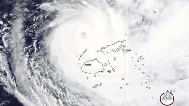 Photo of El ciclón Yasa llega a Fiyi con vientos de 240 kilómetros por hora