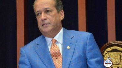 Photo of Reinaldo Pared Pérez tendrá que acudir a tribunales por reconocimiento de paternidad