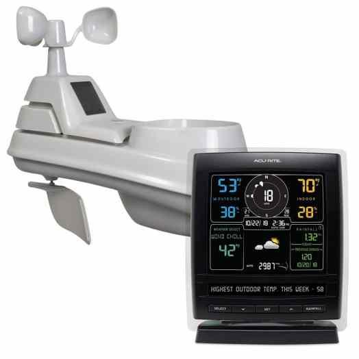 Estación meteorológica inalámbrica AcuRite 01517RM con sensor meteorológico 5 en 1