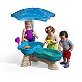 Step2 Spill & Splash Mesa náutica vía marítima | Mesa acuática infantil de 2 niveles con sombrilla y accesorios de 11 piezas | Gran nivel freático