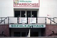 Am Sonnenberg gibt es eigentlich nur zwei Arten von Geschäften: Getränke-Läden und längst geschlossene A&V. Dafür aber auch ein Sozialkaufhaus.