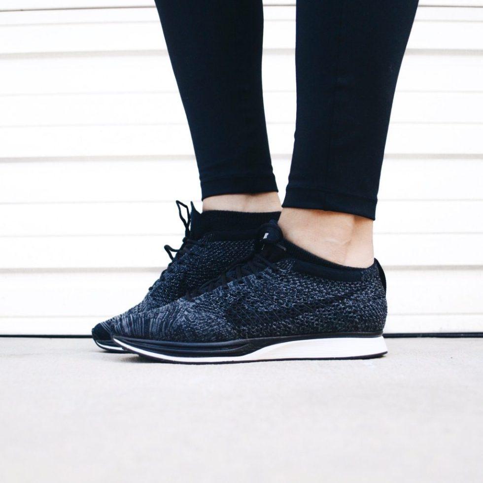 Nike Flyknit Racer sneakers black