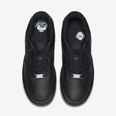 Nike Air Force 1 '07 - Black - shoes above