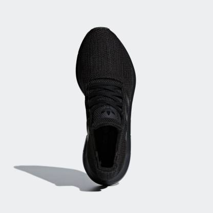 adidas Originals Swift Run Shoes – Black - above