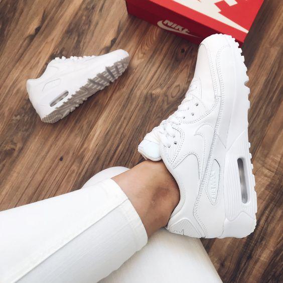 Nike Air Max 90 LTR Shoes - White - women