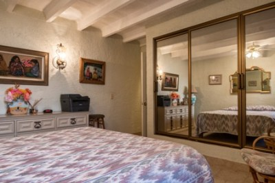 Main house - Master bedrrom - main floor