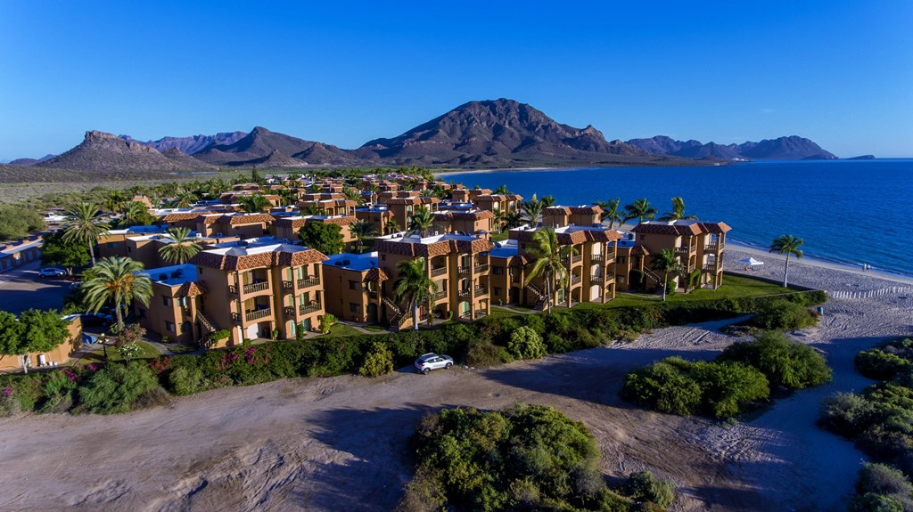 Under Contract 271 Bahia Delfín condo San Carlos, Sonora Mexico