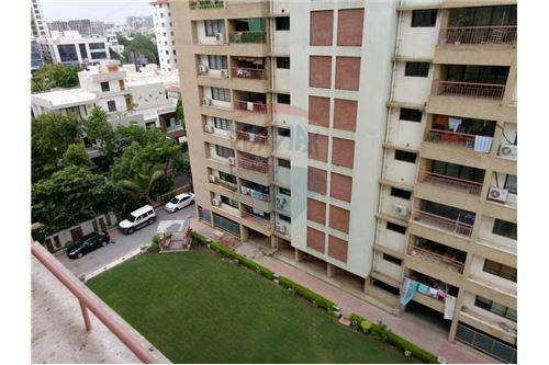 Apartment Flat For Ahmedabad India 1 505004011 236