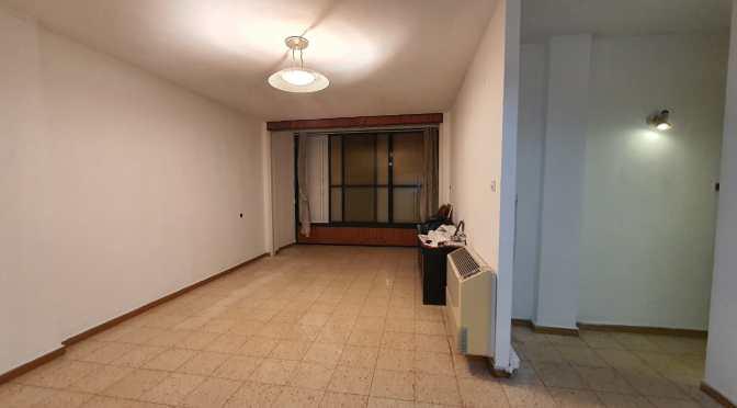 דירת 3 חדרים ענקית, מעלית בחולון