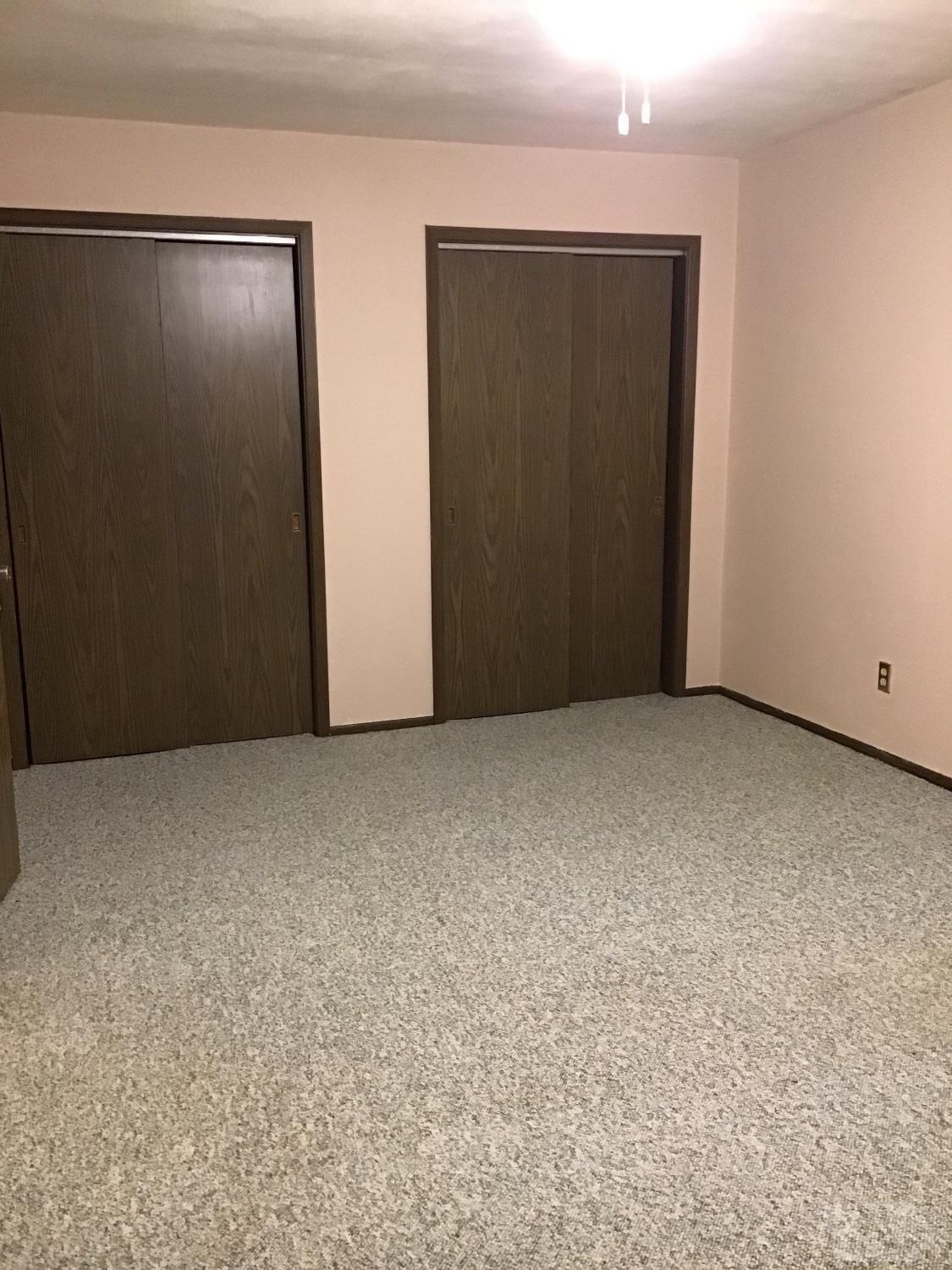 1507 Third Street, Vinton, Iowa 52349, 1 Bedroom Bedrooms, ,1 BathroomBathrooms,Residential,For Sale,Third Street,35017627