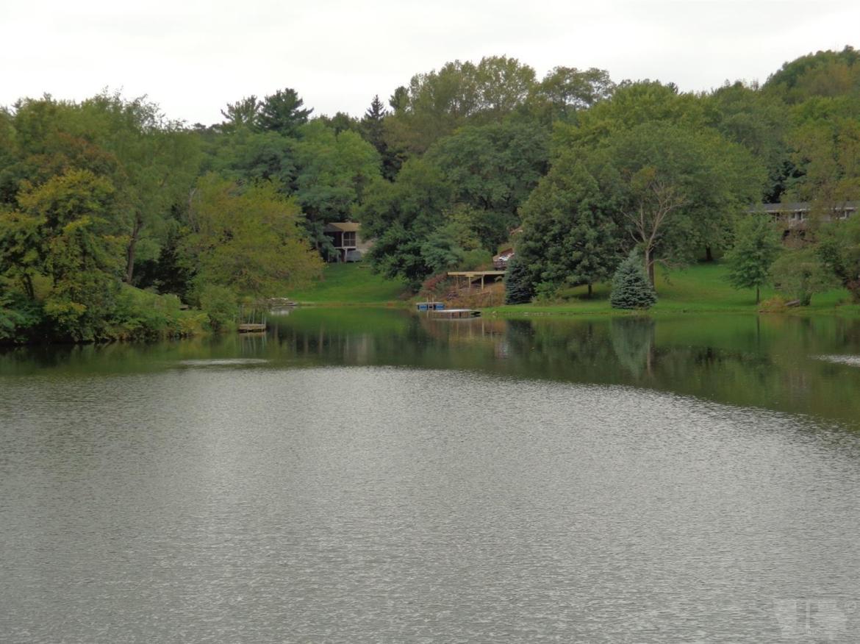 2292 Lakeshore, Brooklyn, Iowa 52211, ,Residential,For Sale,Lakeshore,35017679